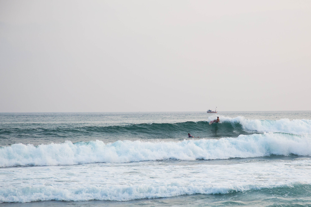 sri lanka alan stokes surf