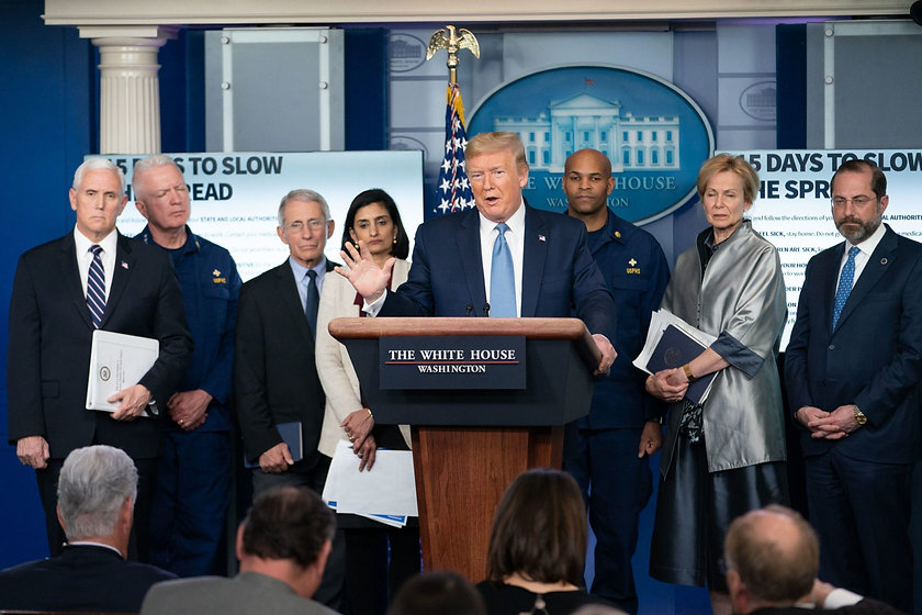 White_House_Press_Briefing_49668784683-s