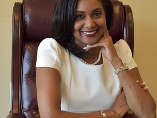 Simone Williams to be awarded International Pioneer Award by the National Bar Association!