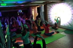 クラブヨガ(Club Yoga)