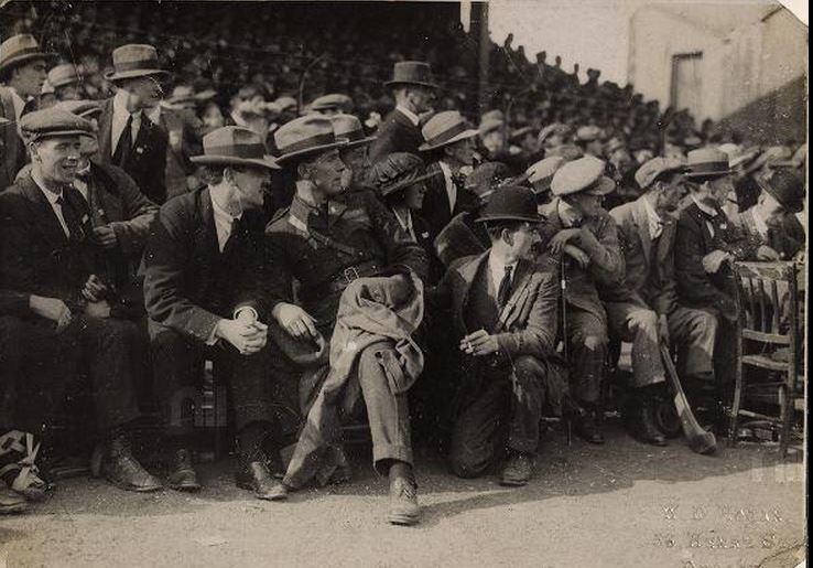 Sean Mac Eoin with Michael Collins at Leinster Hurling final 1921.JPG
