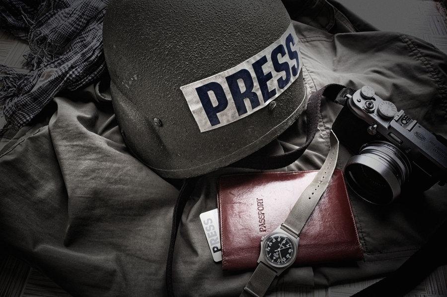 War-press-helmet.jpg