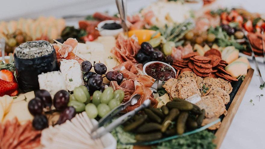 er-wedding-223%20(1)_edited.jpg