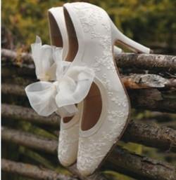 gorgeous-vintage-wedding-shoes-181.jpg