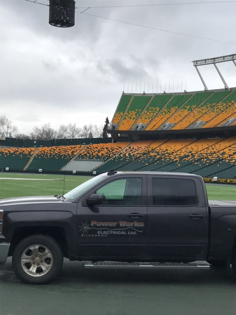 Commonwealth stadium speaker