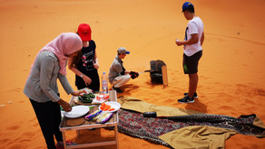 Ein Ausflug der Klassen 7/8 und 10 in die Wüste