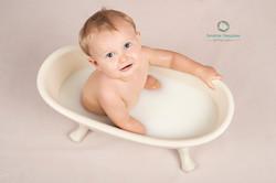 Bain de lait pour bébé 1 an