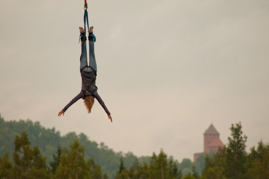 Bungee jumping in Sigulda
