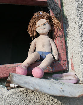 doll-87407_1920.jpg