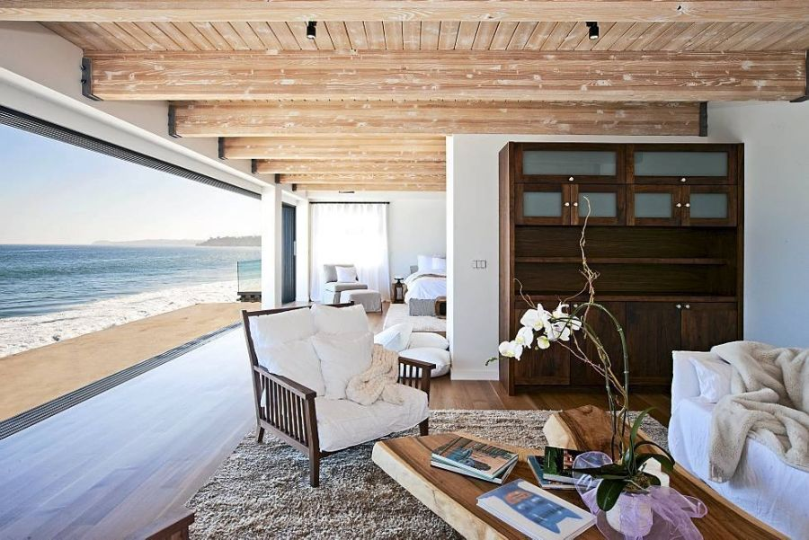 Large-glass-window-offers-ocean-views
