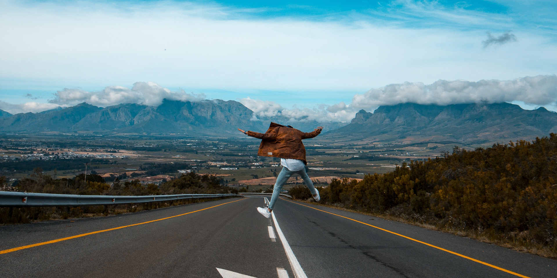 person-jumps-on-road-2886002.jpg