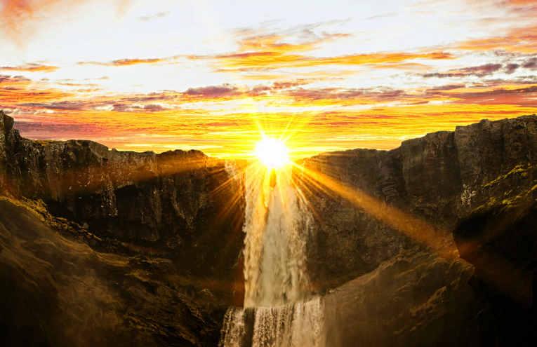 waterfalls-during-sunset-954929.jpg