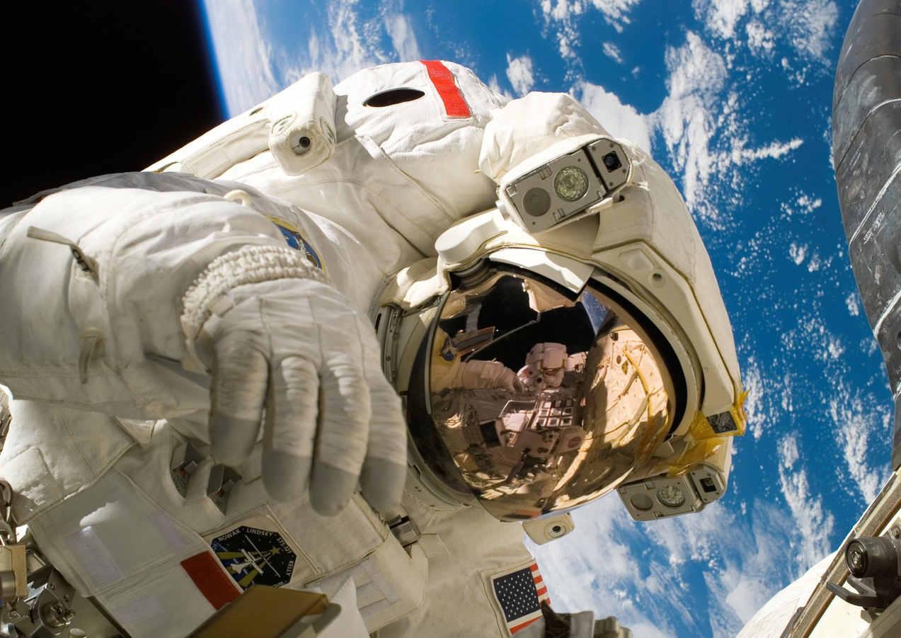 sky-earth-space-working-2156.jpg
