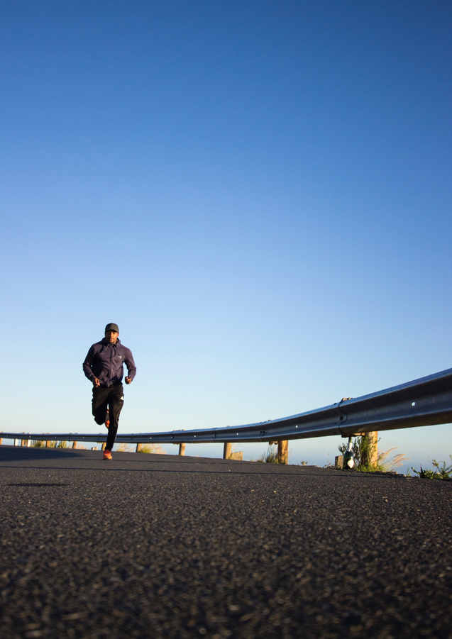 photo-of-man-running-during-daytime-2803