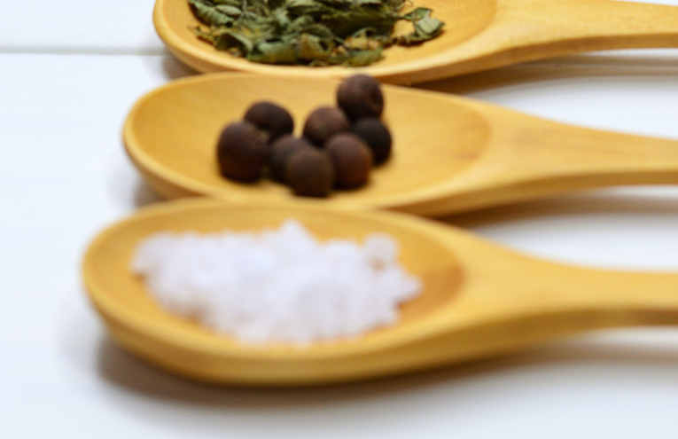 four-assorted-spices-on-brown-wooden-spo