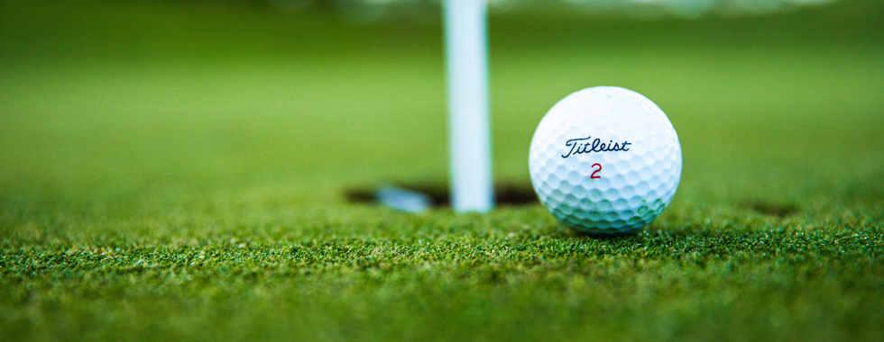 close-up-photo-of-golf-ball-2828723.jpg