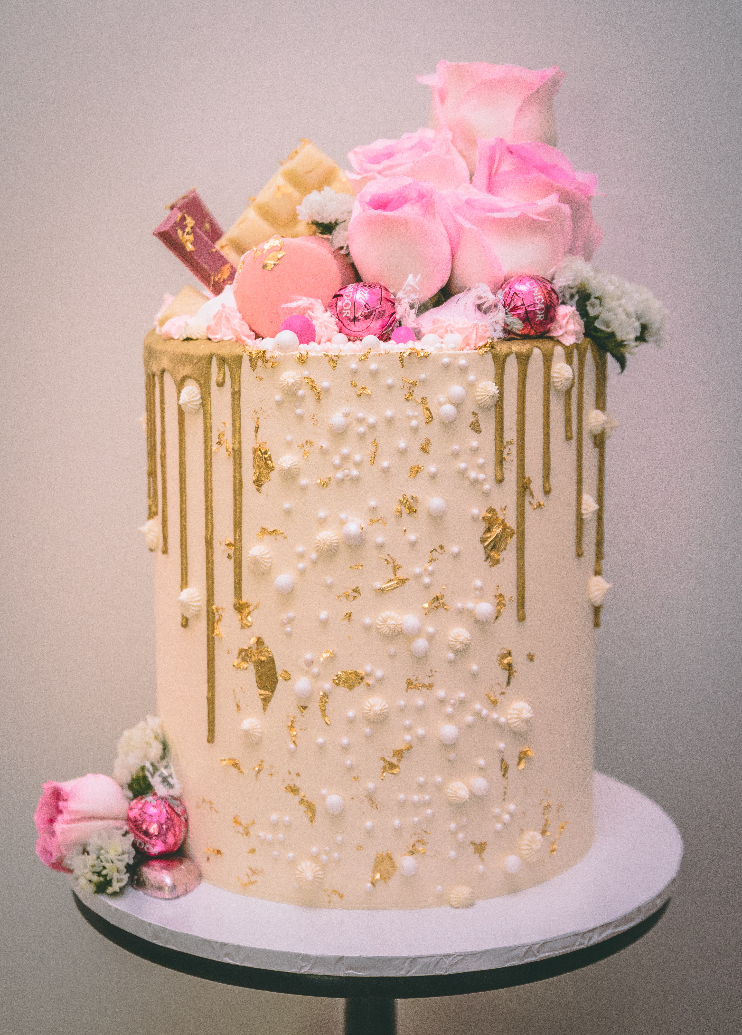 18th drip cake