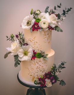 cake lace wedding cake