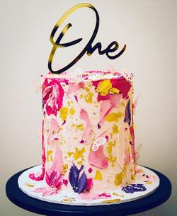 Happy 1st Birthday Zara! 🎂  Topper @eli