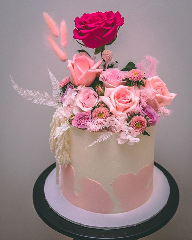Pretty peaches and pinks for this birthd