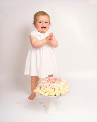 Poppy's Cake Smash_12.jpg