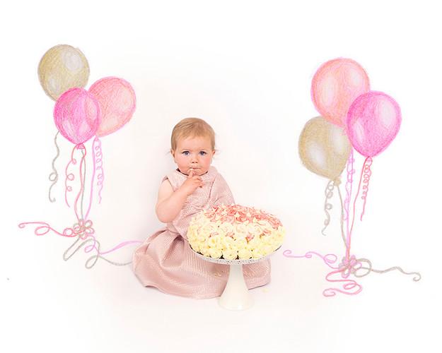 Cake Smash_Balloons.jpg