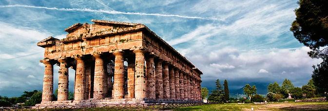 Paestum Tempio.jpg