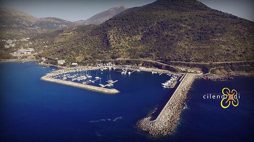 Porto-di-Sapri-vista-con-drone-Cilendron