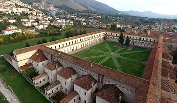 Certosa-di-Padula-Luci-dombra-Istituzion