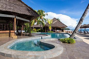 piscina-corail-noir-hotel-madagascar.jpg