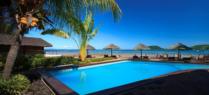 piscina-corail-noir-le-jardin-nosy-be-ma