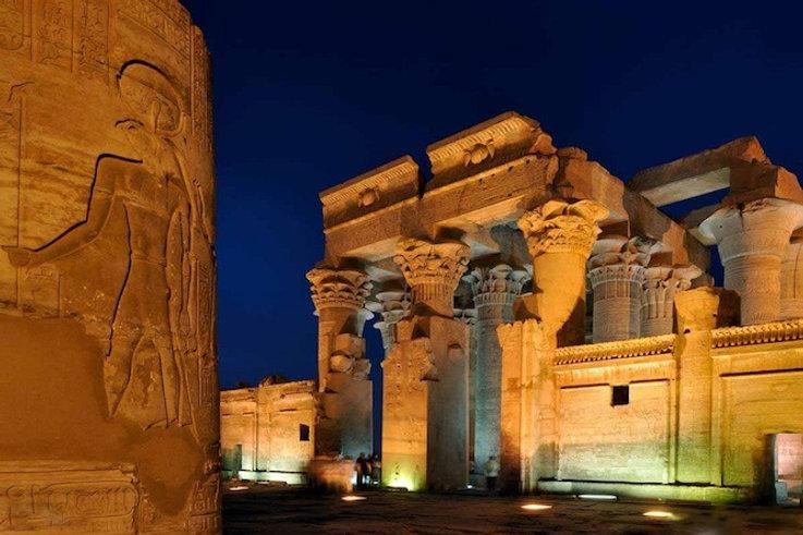 Kom-Ombo-Temple-Egypt-night-view.jpg