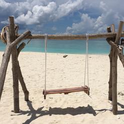 Altalena sulla spiaggia