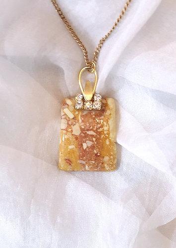 Semi-precious stone pendant on vintage mount & chain