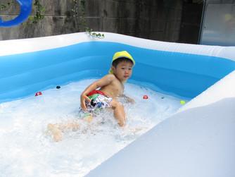 プール開き🌞とゼリー遊び🎵