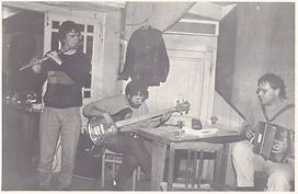 Kan Ul Larc'h (Dominique Riou - Hervé Bertrand - Olivier Henel - Laurent Le Mezec (absent sur la photo) - Hénon)