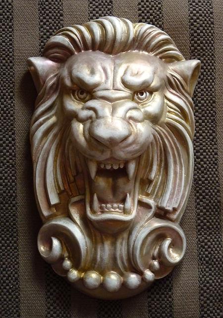 картуш лев оберег для дома лепнина из гипса