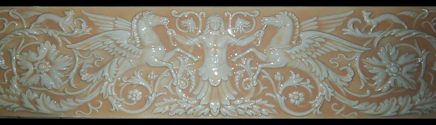 барельеф широкий фриз орнаментальный пегасы гипсовая лепнина