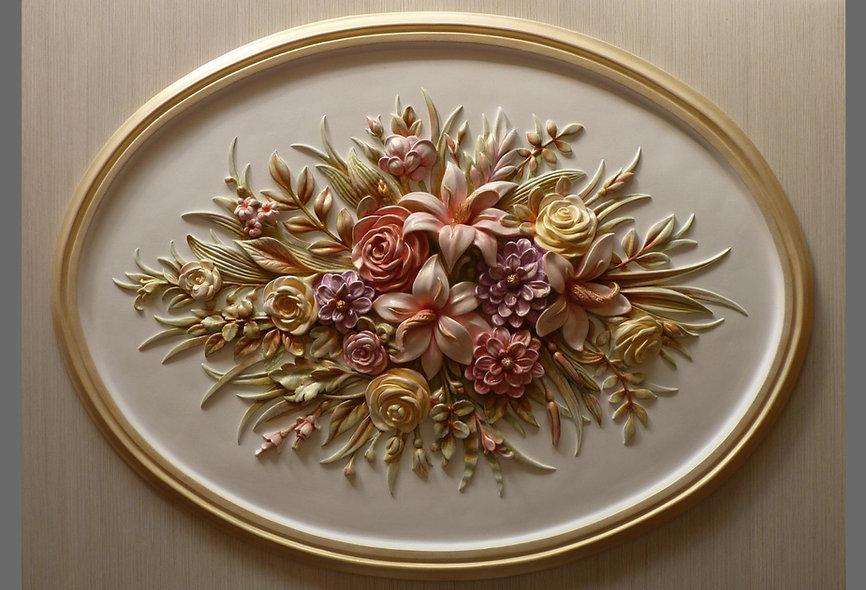 овальное панно из гипса сцветами
