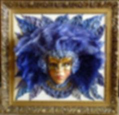 маска с перьями картина из кожи в раме итальянские маски