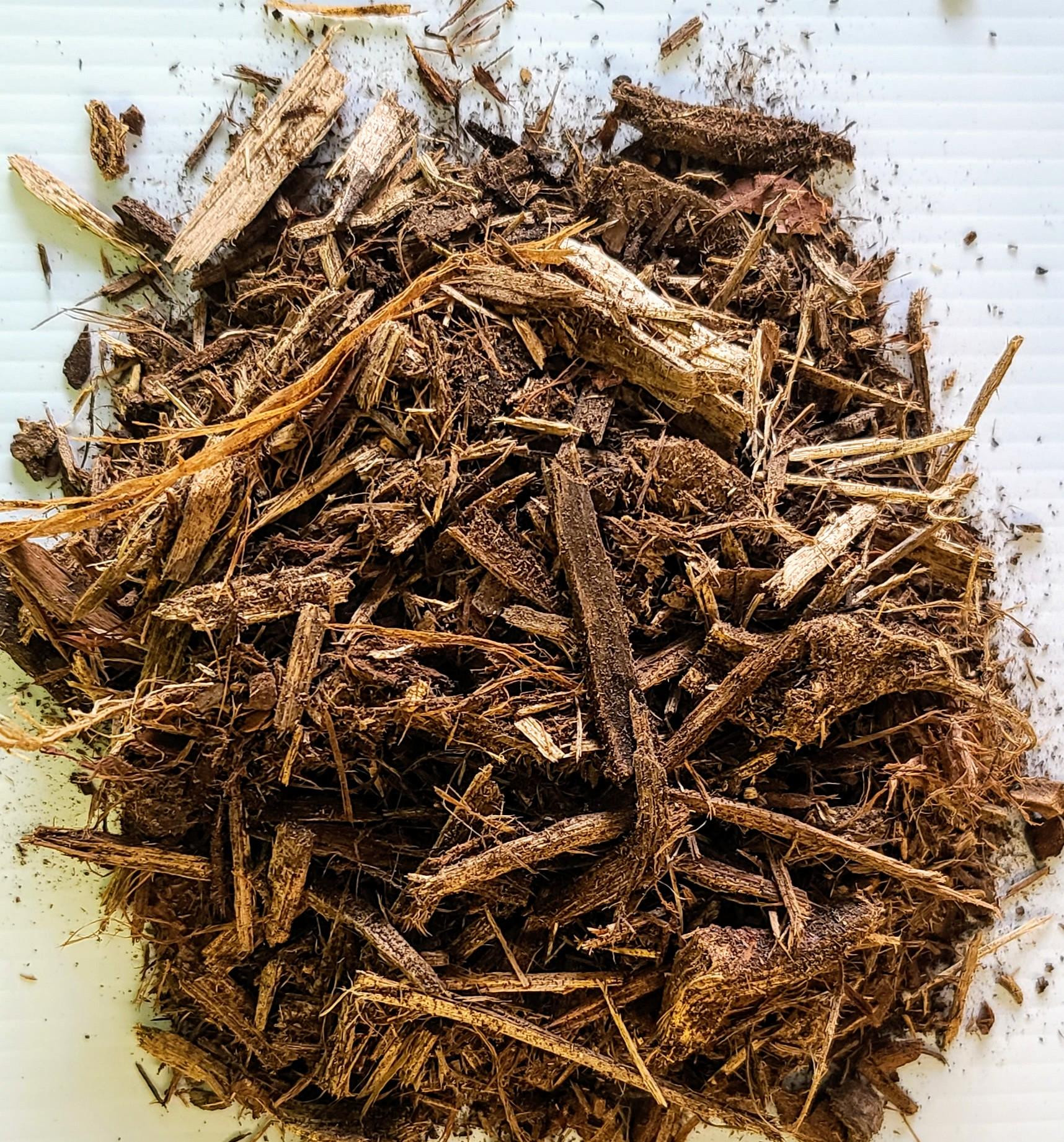 Natural Shredded Hardwood Mulch