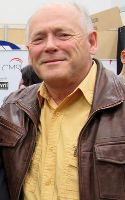 Julien Girard, Président-directeur général Le Groupe C.P.O. (1998) Distributions Novitek International
