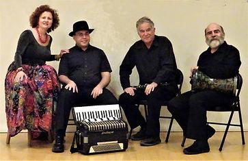 Gogofski - the band.jpg