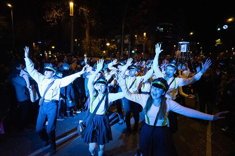 Els Joves i Kids de la Lírica canten i ballen