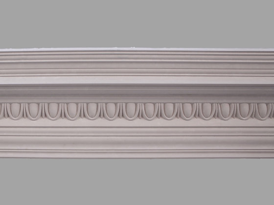 CL-E13 Edwardian Plaster Cornice. Ceiling Projection: 185mm. Wall Height: 190mm.