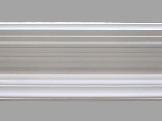 CL-E09 Edwardian Plaster Cornice. Ceiling Projection: 150mm. Wall Height: 105mm.