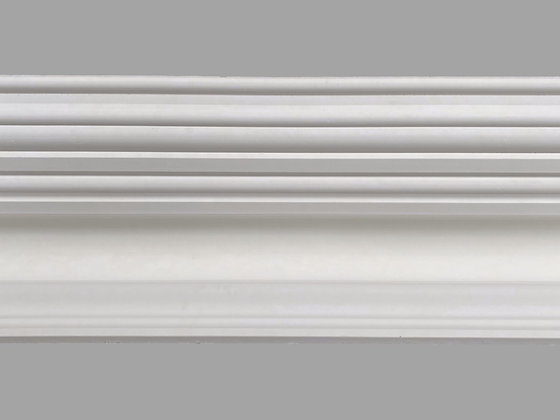 CL-V07 Victorian Plaster Cornice. Ceiling Projection: 305mm. Wall Height: 180mm.