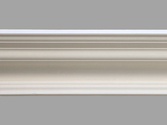 CL-V06 Victorian Plaster Cornice.  Projection: 195mm.   Height: 105mm.