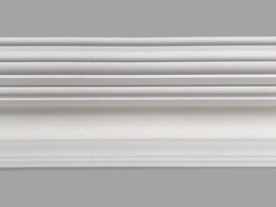 CL-V07 Victorian Plaster Cornice. Ceiling Projection: 305mm. Wall Depth: 180mm.