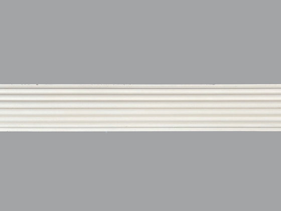 P06  Plaster Panel Moulding.  Width: 62mm.  Height: 24mm.